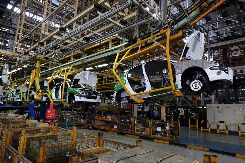 كاليفورنيا تلزم شركات تصنيع سيارات ألمانية فارهة بمهلة لاستدعاء مركبات