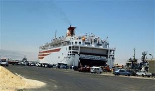 619 راكب يغادرون ميناء سفاجا و تداول 259 شاحنة
