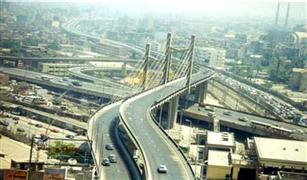 الآن.. كثافات مرورية على كوبري أكتوبر والأتوستراد والإسكندرية الصحراوي