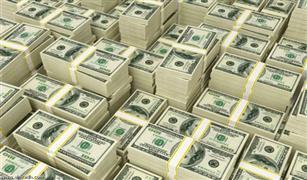الدولار يتراجع أمام الجنيه في تعاملات السوق الموازية