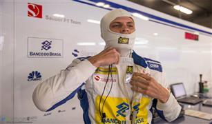 رغم تعرضه لحادث خطير.. اتحاد السيارات يسمح  لاريكسون بالمشاركة في سباق بريطانيا للسيارات
