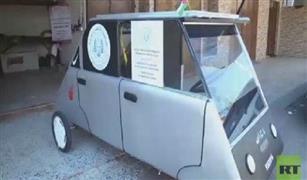 بالفيديو. طالبان يخترعان سيارة تعمل بالطاقة الكهربائية في غزة