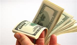 استقرار  الدولار اليوم بالبنوك.. ومصرف أبو ظبي والأهلي الكويتي يسجلان أعلى سعر شراء