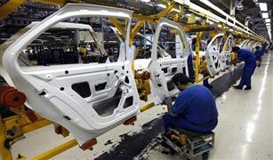 """""""البنوك"""" و""""البحث العلمي"""" و""""مصنعي السيارات"""" يجتمعون لبحث صناعة السيارات المصرية والتصدير للخارج"""