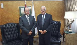 وزير النقل يبحث تطوير الطرق مع رئيس مجموعة الخرافي الكويتية