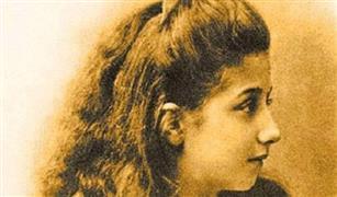 توفيت وعمرها 39 عامًا.. من هي مرسيدس التي منحت اسمها لأشهر سيارات العالم؟