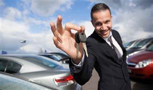 محمد ريان: هذه الأيام أفضل فرصة لشراء سيارة.. الدولار بدأ الصعود مجددًا