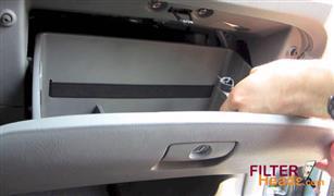 بالفيديو.. طريقة تغير فلتر هواء تكييف هيونداى النترا