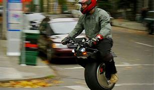 لمن يكرهون ارتداء الخوذة عند قيادة الدراجة النارية.. بديلان لحل المشكلة
