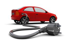 وزير النقل: تعميم تجربة السيارات الكهربائية في باقي محطات القطارات