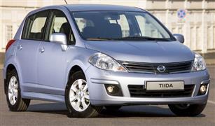 ما هي أقصى مدة لإنزال سيارتي نيسان تيدا  2008 من الخارج وما جمركها؟
