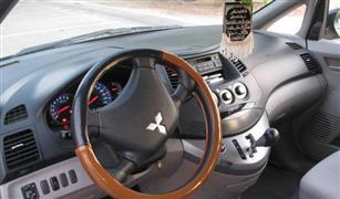 تعرف على جمرك ميتسوبيشي جرانديز 2400 سي سي موديل 2010