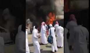بالفيديو.. طلاب بالسعودية يحرقون سيارة مدير المدرسة.. فماذا كانت العقوبة؟