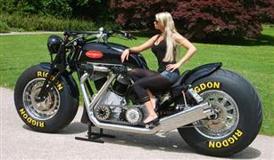 جنبوس دراجة نارية عملاقة بقوة 6728 سى سى