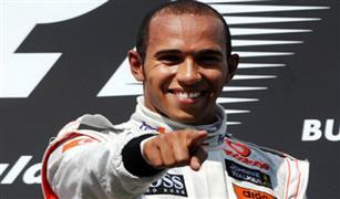 """البريطانى هاميلتون يتوج بسباق الجائزة الكبرى الكندي للسيارات """"فورمولا 1"""""""