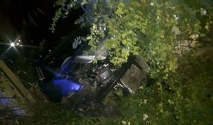 بالصور.. سقوط سيارة من أعلى كوبري أكتوبر داخل مستشفى الأمراض العقلية