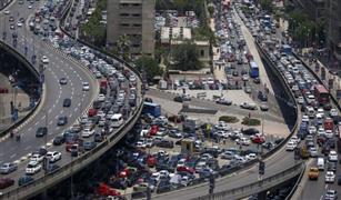 النشرة المرورية: كثافات متوسطة على محاور وميادين القاهرة