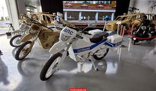 بالفيديو والصور .. كلاشنكوف الروسية تنتج دراجة كهربائية تسير 150 كم بشحنة واحدة