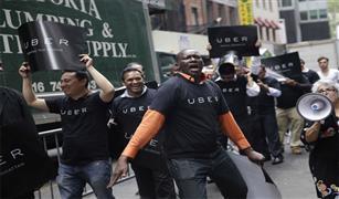 قطاع جديدة في الشرطة لفض المشاجرات بين سائقي أوبر والتاكسي بجنوب إفريقيا