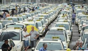 سائقو سيارات الأجرة في التشيك يعتزمون تنظيم احتجاجات لمدة أسبوع ضد خدمة أوبر