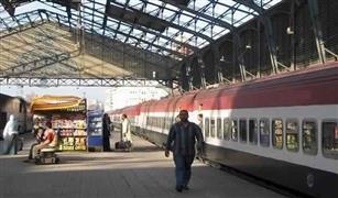 السكة الحديد تعتذر للمسافرين عن تأخر  القطارات نتيجة سقوط الأمطار