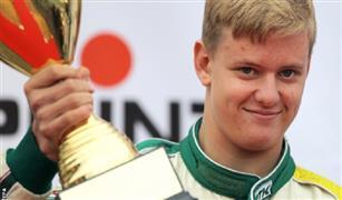 نجل شوماخر يفوز ببطولة أوروبا لسباقات فورمولا-3