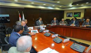 وزير النقل يعقد اجتماعا موسعا لمتابعة معدلات تنفيذ  الجزء الأول للمرحلة الثالثة للخط الثالث للمترو