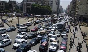 يوم تصاددم السيارات بأسوار الكباري.. 3 حوادث بالقاهرة والجيزة وكثافات على الطرق