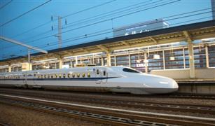 """القطارات اليابانية فائقة السرعة توقف """"تدريبات الرعب"""" تحت القضبان"""