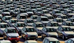 """بعد قرار المالية بإخراج السيارات من """"التثبيت الجمركي"""".. شلل في السوق وتجار يوقفون البيع"""