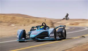 """فورمولا إي"""" تنظّم سباقاً تنافسياً بين فيليبي ماسا وصقر الشاهين في السعودية"""