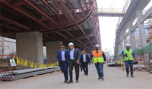 وزير النقل في جولة تفقدية بمحطة هشام بركات بالجزء الثاني للمرحلة الرابعة للخط الثالث للمترو
