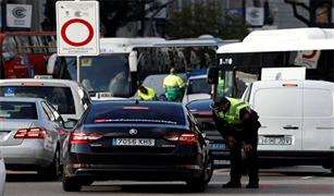 الاتحاد الأوروبي يوافق على خفض انبعاثات السيارات الجديدة بنسبة 5ر37% بحلول 2023