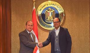 ما هي فرص مصر في تصدير السيارات إلى إفريقيا؟.. وزير الصناعة يجيب