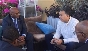 وزير النقل يلتقي نظيره الموزمبيقي لبحث التعاون في مجال السكك الحديدية والطرق والنقل البحري