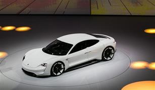 بورشه تعتزم مضاعفة ميزانية تطوير السيارات الكهربائية