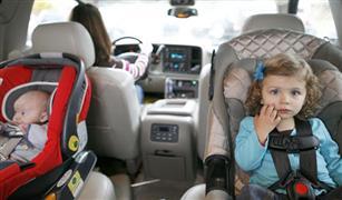 كيف تسيطرين على أطفالك في السيارة عند الذهاب بهم للمدرسة أو الدروس