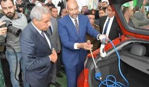 بعد افتتاح محطات لشحنها.. شركة صينية تدرس السوق المصرية لتوفير سيارة كهربائية مناسبة