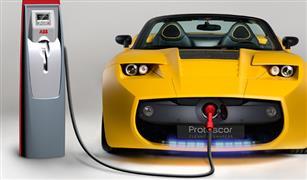 هل استيراد السيارات الكهربائية لخدمة أشخاص أو شركات بعينها؟.. خبير يجيب