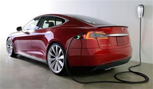 """""""تيسلا"""" للسيارات الكهربائية تستعين بمئات لعمال الجدد لزياد إنتاج سيارتها """"3"""""""