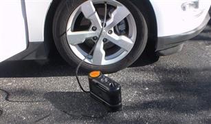 هل يمكنك خلط الهواء والنيتروجين في إطارات السيارة؟