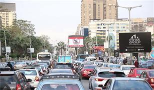 كثافات مرورية بمدينة نصر ومنزل كوبرى الجيش بسبب كسر ماسورة مياه وأعمال توسعة
