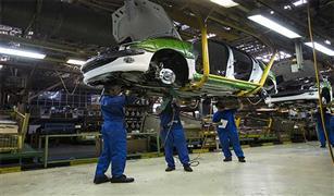 هل فقدت شركات السيارات الأوروبية قدرتها على مقاومة الضغوط الأمريكية؟