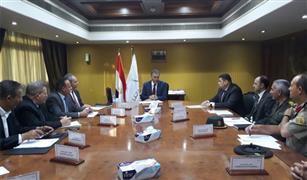 وزير النقل :إتخاذ الإجراءات القانونية  للتصرف في خردة هيئة السكك الحديدية