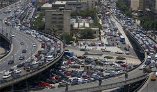 المرور ينصح باستخدام المسطح الارضى للقادم من شرق القاهرة بسبب حادث على كوبرى أكتوبر