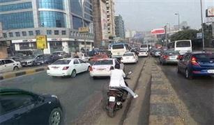 اعطال سيارات على كوبرى أكتوبر والعروبة وكثافات متوسطة على كورنيش النيل.