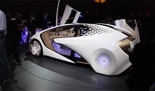 """""""تويوتا"""" تستثمر 500 مليون دولار في """"أوبر"""" لتصنيع سيارات ذاتية القيادة"""