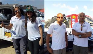 لأول مرة بالراليات في مصر.. فريق صحاري (رجالي نسائي) ينافس بسيارتين | فيديو