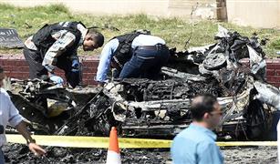 تفحم سيارتين وتلفيات بـ٤ سيارات نتيجة انفجار سيارة ملاكى أسفل كوبرى أكتوبر  بالدقى