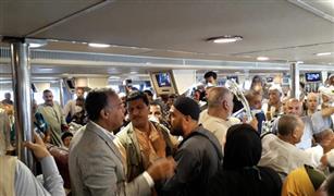 وزير النقل يستقبل وفود الحج البري في ميناء نويبع